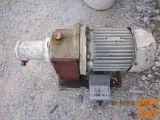 motor z reduktorjem 380 V 0,75 KW