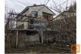 Enonadstropna, Dvostanovanjska Hiša Senožeče
