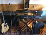 glasbene instrumente, ozvočenje, stojala, ugodno prodam