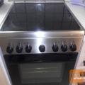 Steklokeramični štedilnik Electrolux